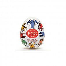Мастурбатор Keith Haring Dance  Tenga Egg обладает множеством линий, которые вьются и переплетаются.