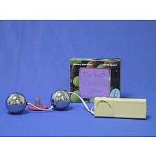 Вагинальные шарики с вибратором серебристого цвета  Вагинальные шарики с вибратором серебристого цвета, диаметр 3 см.