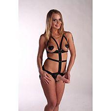 Костюм БДСМ  Fetish Night с телесной насадкой длиной 18 см.  Женский костюм БДСМ - это черное боди, выполненное из ремней.