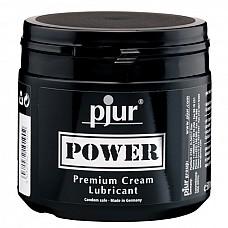 Лубрикант для фистинга Pjur Power, 500 ml  Этот концентрированный лубрикант так и хочется назвать средством 2-в-1, поскольку он подходит мужчинам и женщинам, для анального и вагинального секса, для нежной прелюдии и жесткого секса. <br><br> В составе смазки две основы – силикон и вода. И если первая обеспечивает роскошное скольжение, то вторая – экстра комфорт. Это позволяет использовать лубрикант Pjur®Power для фистинга.