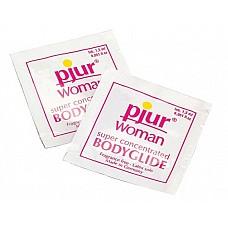 Концентрированный лубрикант pjur Woman,  1,5 ml  Пакетика этого концентрированного лубриканта с лихвой хватит для массажа или смазки половых органов перед интимной близостью. Тщательно подобранный состав не вызовет раздражения чувствительной кожи и слизистых. <br><br> Pjur-концентрат на силиконовой основе не содержит масел, жиров и воды, поэтому не делает кожу липкой. Его нельзя использовать для защиты от ЗППП или нежелательной беременности – в составе нет спермицидов и антисептиков. Не разрушает структуру презервативов. <br><br> Способ применения: нанести несколько капель Pjur на массируемый участок тела или на половые органы перед вагинальным/анальным проникновением, или на секс-игрушки.