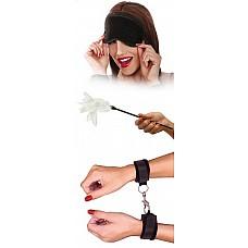 Набор фиксаций для эротических игр  с перышком  В набор входят наручники, стек с пером и маска