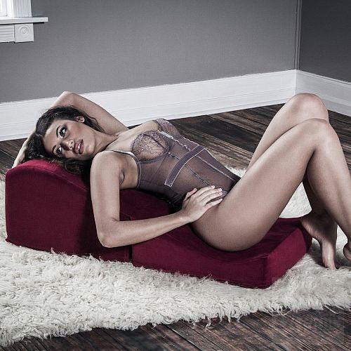 Фотография 5  Коричневая вельветовая подушка для любви Liberator Retail Flip Ramp