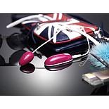 Вибромассажер Adel Joy N`More с гладкой и нежной поверхностью малинового цвета JM-VB-006-1  изящное компактное  виброяйцо малинового цвета с выносным пультом управления.