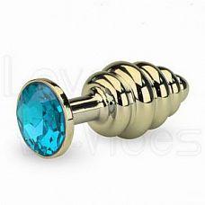 Золотистая анальная пробка с рёбрышками и голубым кристаллом  Анальная пробка Butt Plug изготовлена из медицинской стали с позолотой.