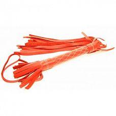 Красная плетка из натуральной кожи   Аккуратная красная плетка, изготовленная из натуральной кожи.