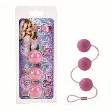 Три розовых вагинальных шарика FIRST TIME   Гибкая гигиеничная нить с нанизанными тремя шариками из пластика.