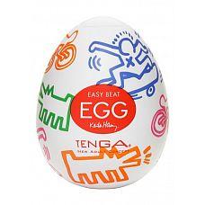 Мастурбатор Keith Haring Street  Tenga Egg обладает множеством линий, которые вьются и переплетаются.