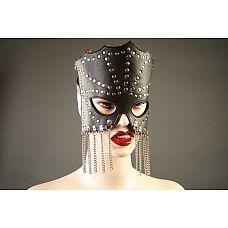 Кожаная маска-очки с цепочками  Маска ручной работы изготовлена из натуральной кожи, украшена цепочками и металлическими заклепками.
