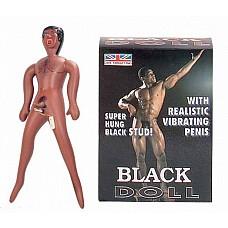 Кукла - темнокожий мужчина   Кукла темнокожего мужчины ростом 150см. Фаллоимитатор (длина 17,78 см., диаметр 3,8 см.) из ультра-реалистичного материала с мультискоростным вибратором. Насос в комплект не входит.