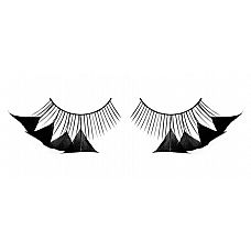 Черные ресницы с перьями у внешнего края  Волнующие ресницы из мягких высококачественных перьев ручной обработки, черные и очень пушистые.