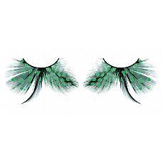 Бирюзовые ресницы-перья в горошек  Изысканные ресницы из мягких высококачественных перьев ручной обработки бирюзового цвета с рисунком в крапинку и длинными средними перышками.