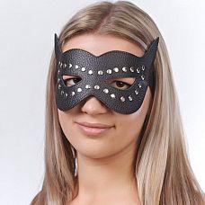 Чёрная кожаная маска с клёпками и прорезями для глаз  Изготовлена из натуральной кожи с велюровой подкладкой.