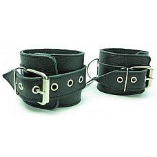 Наручники из кожи с пряжкой 51004ars  Кожаные наручники 51004ars высокого качества позволят очень надежно пристегнуть Вашего партнера к спинке стула и доминировать как угодно.