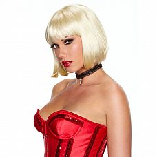 Каре цвета платиновый блонд Playfully Platinum  Кокетливая стрижка боб - короткое каре с закругленными внутрь кончиками и чуть подкрученной челкой.