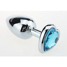 Металлическая анальная пробочка со стразом в виде голубого сердечка - 7,5 см.  Металлическая пробка основание которой выполнено в виде сердечка и декорировано блестящим кристаллом.
