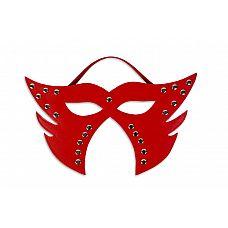 Красная фигурная маска  Аксессуар, который можно использовать для разнообразия в интимной жизни, для подчеркивания образа в ролевой игре и даже на карнавале.