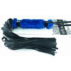 Нежная плеть с синим мехом BDSM Light - 43 см.  Интересное сочетание меха и лаковых деталей в этой плети покорят вас.