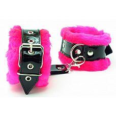 Оковы на ноги с розовым мехом BDSM Light  Милый и яркий аксессуар - оковы на ноги.