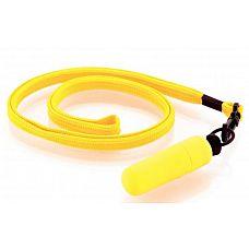 Набор из 10 жёлтых вибропулек Funny Five на шнурке  Идеальный спутник в поездках и походах! Вибропуля на ремешке - это удовольствие, которое всегда при себе.