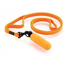 Набор из 10 оранжевых вибропулек Funny Five на шнурке  Идеальный спутник в поездках и походах! Вибропуля на ремешке - это удовольствие, которое всегда при себе.
