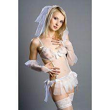 Костюм  Невеста Belle    Белоснежный костюм невесты состоит из белой подвязки, перчаток через палец, фаты, прозрачного фартучка с бантами-завязками и юбочки с запАхом, которая удобно завязывается атласными лентами.