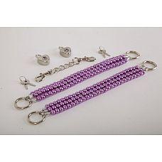 Фиолетовые оковы на ноги из бус  Красивые наножники из фиолетового  жемчуга  с замочками в виде сердца  и четырьмя ключиками.