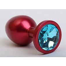 Красная анальная пробка с голубым стразом - 8,2 см.  Металлическая пробка с ограничительным основанием для безопасного использования.