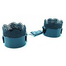 Изысканные чёрные наручники с кружевом  Изысканные чёрные наручники с кружевом.