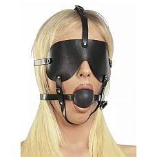 Чёрная лаковая маска-сбруя с кляпом  Представленная бондажная  маска-сбруя оснащена кляпом и шорами.