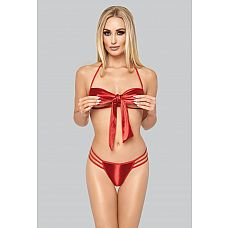 Игривый комплект с бантом на лифе  Двухчастный комплект, выполненный из красной, слегка блестящей ткани.