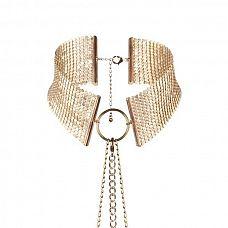 Золотистый ошейник с цепочками Desir Metallique Collar  Роскошное украшение, которое стоит надеть не только для эротической игры! Представьте, что оно на вас, когда вы надеваете рубашку с глубоким декольте.