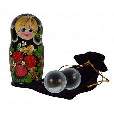 Стеклянные вагинальные шарики в футляре-матрёшке  Стеклянные вагинальные шарики, выполненные из отличного итальянского стекла, помогут держать в тонусе мышцы малого таза, а также получать массу приятных сексуальных ощущений.