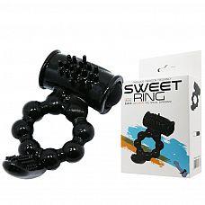Чёрное эрекционное виброкольцо с щеточкой  Рельефное кольцо с вибрацией.