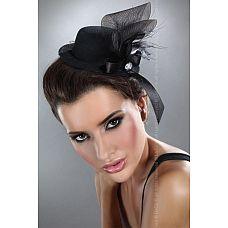 Чёрная шляпка с лентами  Чёрная шляпка с лентами.