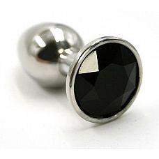 Серебристая алюминиевая анальная пробка с чёрным кристаллом - 7 см.  Анальная пробка из алюминия размер M.