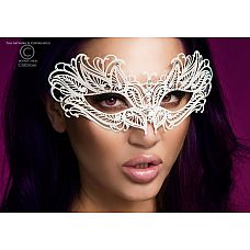 Изысканная белая карнавальная маска Chilirose  Масочка белого цвета от Chilirose.Украшена камешками.