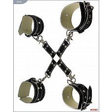 Крестовина с карабинами и манжеты для рук и ног из чёрной кожи  Ассортимент Mjanu   высококачественные изделия с современной фурнитурой, аккуратными креплениями и отличной контрастной белой строчкой.