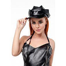 Кепка из экокожи  Кепка из экокожи. Отличный аксессуар для ролевого костюма в стиле БДСМ.