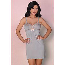 Ночная сорочка Tilda с вышивкой на груди  Элегантная сорочка с чуть расклешенным силуэтом, спереди сорочку украшает вышивка, в комплект входят трусики стринги.
