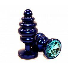 Синяя ребристая пробка с голубым стразом - 7,3 см.  Анальная пробка синего цвета с ярким кристаллом внесет разнообразие в вашу интимную жизнь.