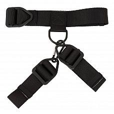 Фиксатор рук к шее для мужчин  Ошейник и наручники изготовлены из прочного, плотного материала, соединяются между собой с помощью защелки.