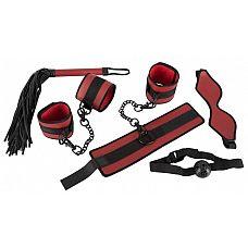Красно-черный набор из 5 предметов для БДСМ-игр  Все что вам нужно для захватывающих сеансов рабства! Набор из 5 предметов: непрозрачная маска на глаза, кляп с отверстиями, удобная плеть, наручники и поножи.