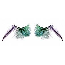 Ресницы зелёные  перья  Сенсационные ресницы из мягких высококачественных перьев ручной обработки, выполненные в лиловом и зеленом цветах, закругленные и удлиненные, с рисунком в крапинку.