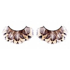 Ресницы бежево-коричневые  перья  Длинные ресницы с «диким» рисунком из мягких высококачественных перьев ручной обработки.