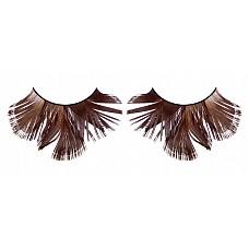 Ресницы коричневые  перья  Стильные и экстравагантные ресницы из мягких высококачественных перьев ручной обработки коричневого цвета с невероятно нежными перышками.