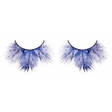 Ресницы голубые  перья  Великолепные ресницы из мягких высококачественных перьев ручной обработки, расширяющиеся к верхнему краю, интенсивного синего цвета с рисунком в крапинку.