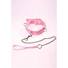 Ошейник виниловый розовый с мехом  Изготовлен из искусственного меха.