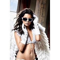 Back in Heaven Белые сатиновые перчатки  В неповторимой элегантности и нежной чувственности предстают эти белые перчатки из роскошно сверкающего сатина.