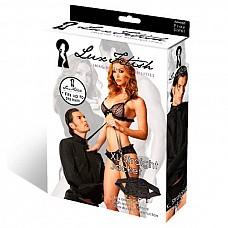 Черная смирительная рубашка унисекс L/XL  Черная смирительная рубашка для самых непокорных любовников! Приятный плотный материал плотно прилегает к телу благодаря ремешкам, которые позволяют утянуть рубашку до нужного Размера.<br><br> Длинные рукава завязываются сзади. На вороте рубашки есть кольцо для пристегивания поводка.